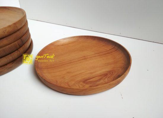 piring kayu